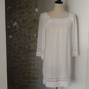 Ivory tunic with lace detail